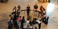 Des professeurs au Musée des arts et métiers